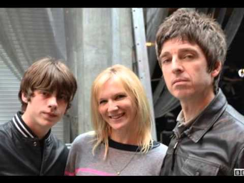 Noel Gallagher on BBC Radio 2 with on David Bowie - Jo Whiley, 6th March 2013