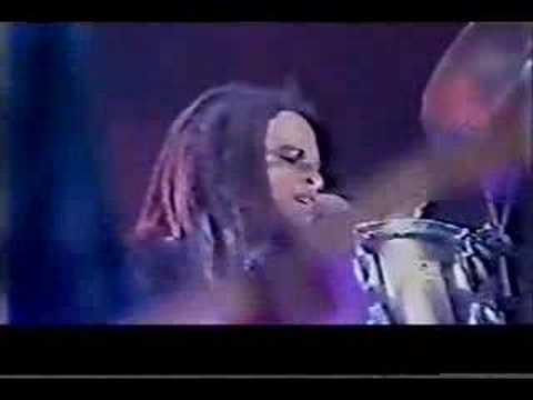 Lenny Kravitz - Come On & Love Me