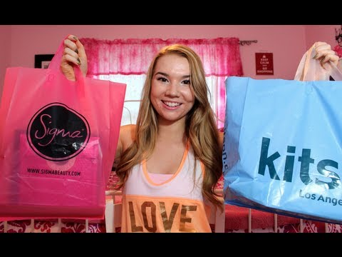 LA Haul: Brandy Melville, Louis Vuitton, Kitson & More