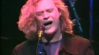 Daryl Hall - Love revelation