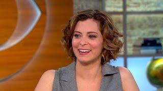 """""""Crazy Ex-Girlfriend"""" star Rachel Bloom on Golden Globe win"""