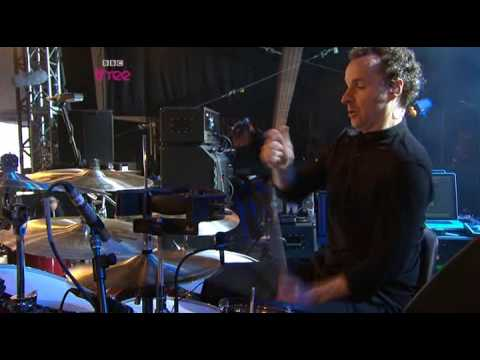 Doves   Black And White Town  Live at BBC R1 BW
