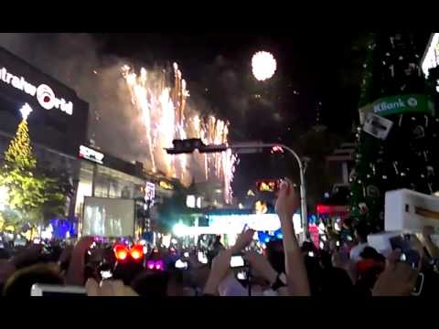 New Year Fireworks 2013 Bangkok – Thailand (Central World)