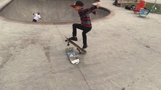 TEACHING AN 8 YEAR OLD HOW TO OLLIE