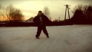 Download Lagu Kubaz - Be Right Back Gratis STAFABAND