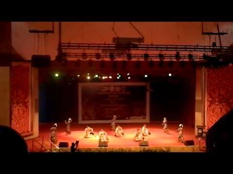 UiTM SABAH - Asli (Selendang Mak Inang+Zapin Suara Siam) (Naib Johan MDV2013)