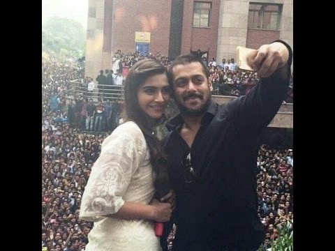 salman khan and sonam kapoor at amity university, noida
