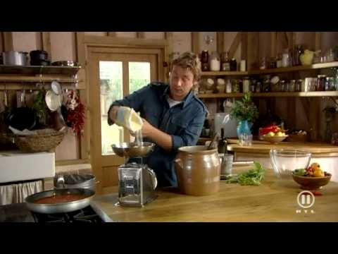 Jamie Oliver - Jamie At Home - Pizza 1. Teil - Teig & Soße (deutsch)