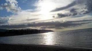 download lagu White Sandy Beach By:isreal Iz Kamakawiwo Ole gratis