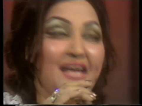 Malika Taranum Noor Jehan Live! Muj Se Pehli Si