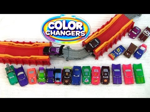 Disney Cars 2 Color Changers Meets Thomas & Friends the Tank Engine Portable Playset Pixar toys