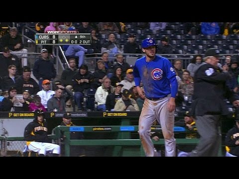 CHC@PIT: Castillo's chopper puts Cubs ahead in 9th