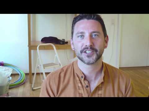 What is Laughter Yoga Explained in Italian ( Yoga Della Risata)