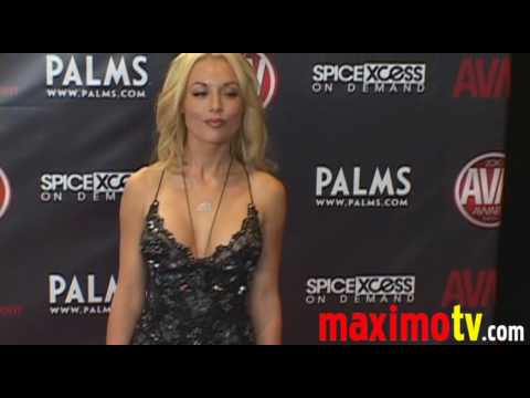 KAYDEN KROSS Arriving at 2010 AVN AWARDS SHOW Las Vegas January 9 Video