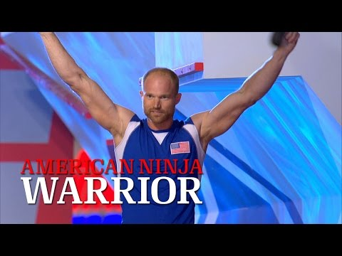 Brian Arnold at Stage 3 of American Ninja Warrior USA vs. The World 2014 | American Ninja Warrior