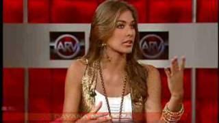 Miss Universe 2008 Dayana Mendoza in Al Rojo Vivo