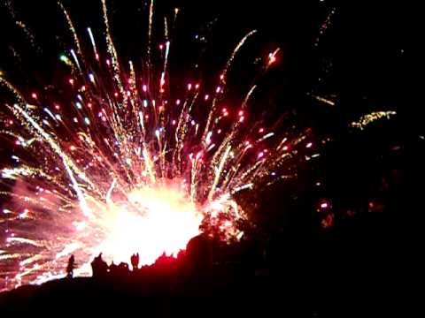 Tofte Fireworks Explosion (high quality 161mb AVI) 7-4-09