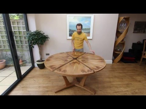 Expanding dining room tables