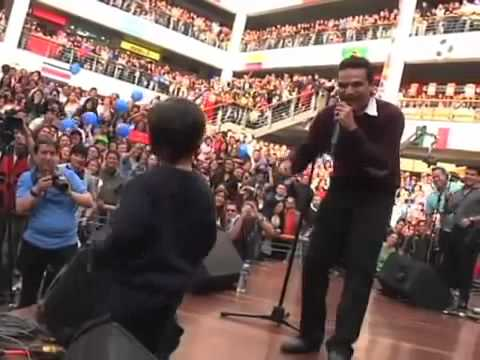 Silvestre Dangond Bailando Con Salvatore  Silvestre Jose En Bogota
