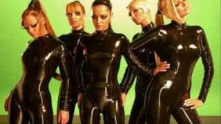 Watch Girls Aloud Im Falling video