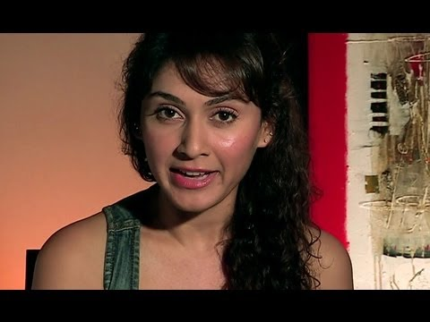 Manjari Fadnis Invites You Watch All The Exclusive Videos Of 'Warning'