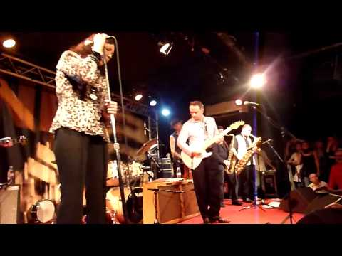 Jimmie Vaughan Band&Lou Ann Barton, New Morning, Paris, France 02/06/2010