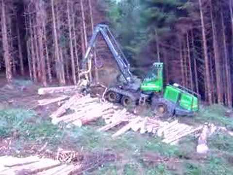 JOHN DEERE 1270D TIMBER HARVESTER