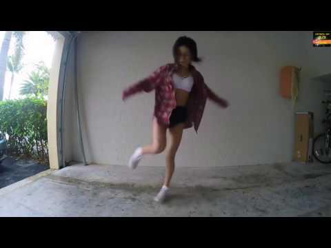 Девушки танцуют драм- степ.[ Пора по бабам.]