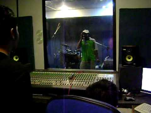 "BACTRIM ""halusinasi"" vocal recording"
