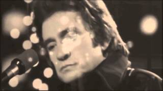 Watch Johnny Cash The Wanderer video