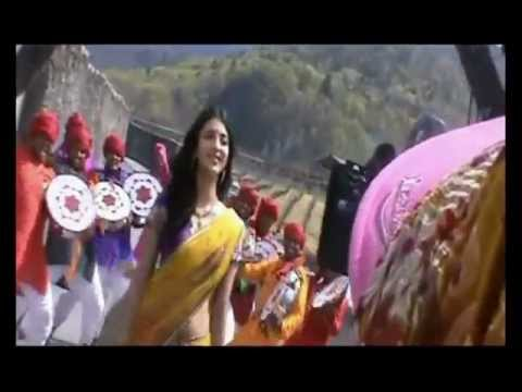 Gabbar Singh Making of 'Pilla' Song