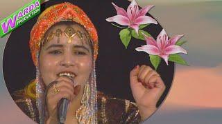 Fatima Tabaamrant top