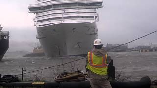 Carnival Triumph Cruise Ship Breaks Free