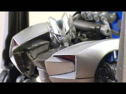 Video Review of Transformers Revenge of the Fallen movie toy; Sideswipe