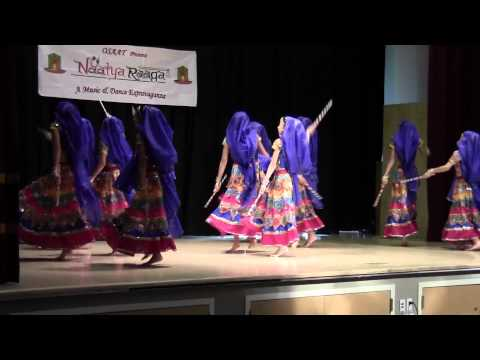 Osaat Garba Dandia At Jain Mandir, 2013 video