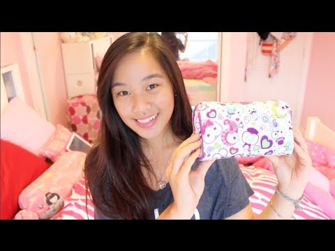 What's in my Pencil Case + UPDATES!!!!