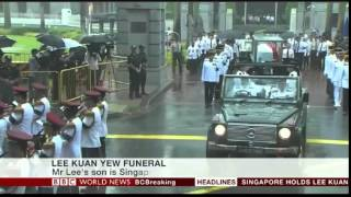 Final Journey  Singaporeans Bid Final Farewell to Lee Kuan Yew   29 3 15