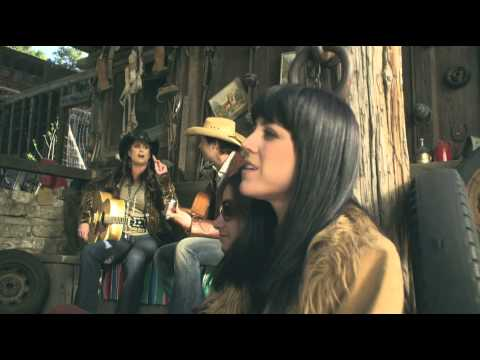 Terri Clark - I'm Movin' On