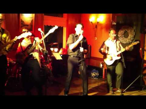 Harige Harry and The Ladyshavers Great Pretender 13052011 in de Tibbe Hoogezand.mp4