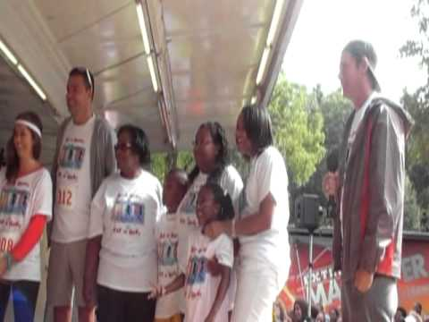 Extreme Makover & Carl Walker Family Walk 2011.mpg