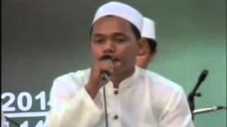 Syauqul Habib  Ya Robbana Tarofna    Festival Sholawat PP  Sunan Kalijogo Surabaya 2011 mpg