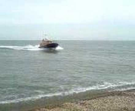 RNLI Dungeness lifeboat trials