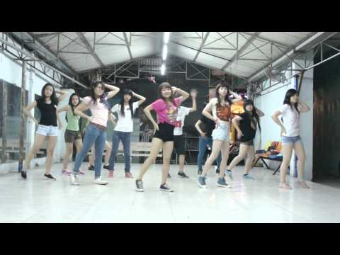 Lop Hoc Nhay Hien Dai - Kpop Dance - Dancing Queen - Snsd [bobo's Class] video