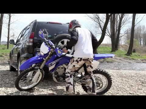 Автомобилна стойка за кросов мотор