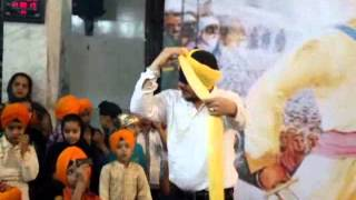 Mumbai Cutting - How To Tie A Turban (Pagh) ♥ * ♥ How to tie smart Turban (part-I) ♥♥ Turban Tutorial