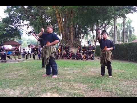 Dunia Seni Silat Melayu 14 - Tari Keris Lok 9