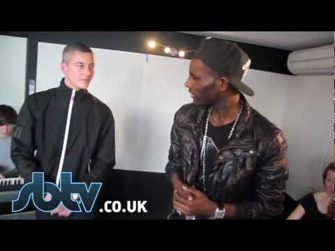 Devlin &amp; Wretch 32 - &quot;Off With Their Heads&quot; - [Live Performance]: SBTV