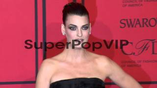 Linda Evangelista at 2013 CFDA Fashion Awards - Arrivals ...