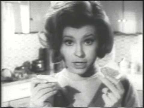 Prunella Scales Makes Tea
