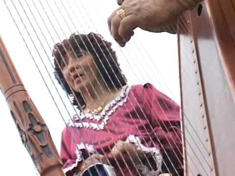 Mina Gonzales y Totito de Santa Cruz - Hola que tal